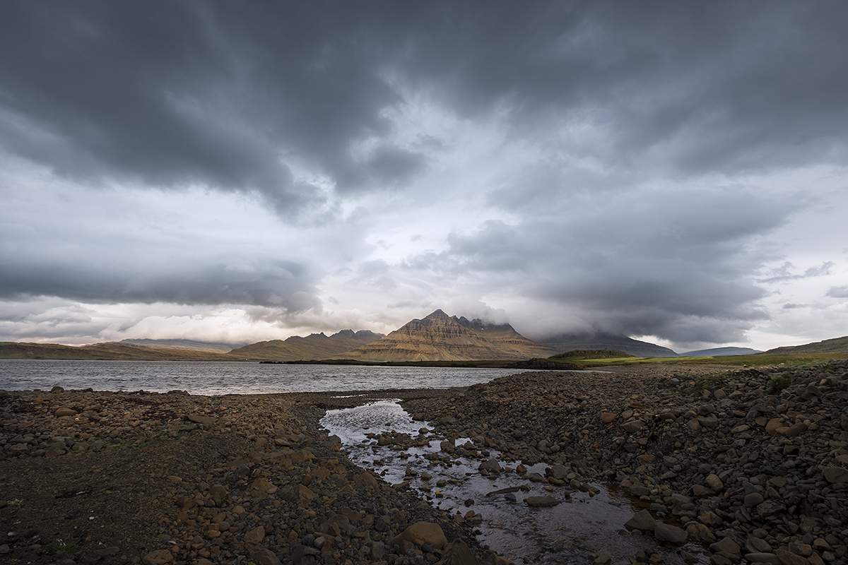 http://www.photographique.ch/islande_046_small.jpg